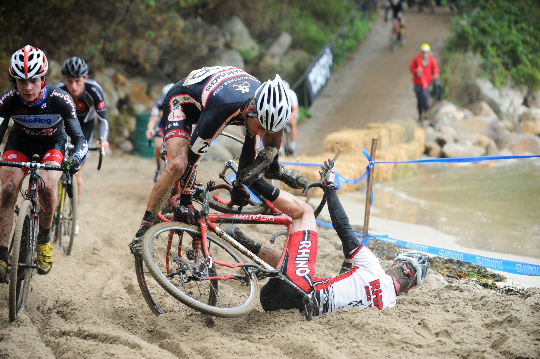 Cyclocross: Sand pit crash